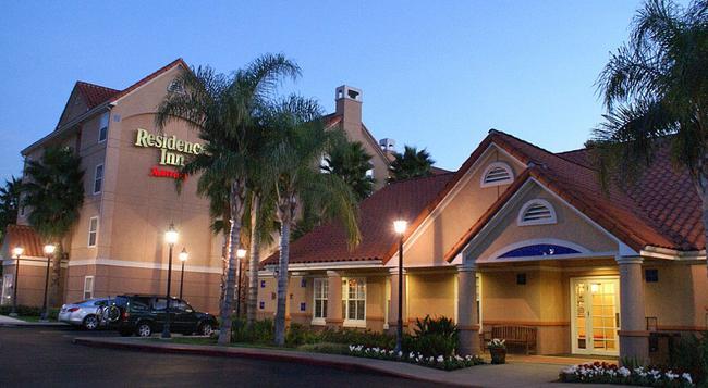 Residence Inn by Marriott Anaheim Hills Yorba Linda - Anaheim - Building
