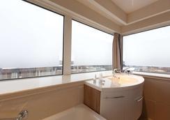 Blue Tower Hotel - Amsterdam - Bathroom