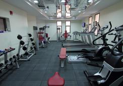 Home to Home Hotel Apartments - Deluxe - Dubai - Gym