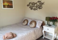 Smarties Surf Lodge - Newquay - Bedroom