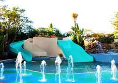 Bali Mandira Beach Resort & Spa - Kuta (Bali) - Pool