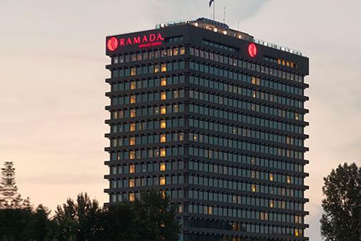 Ramada by Wyndham Apollo Amsterdam Centre - Amsterdam - Building