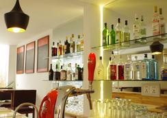 Sla Boutique Hostel - Phnom Penh - Bar