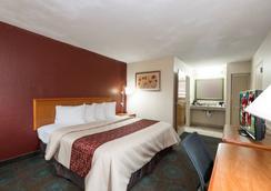 Red Roof Inn Augusta - Washington Road - Augusta - Bedroom